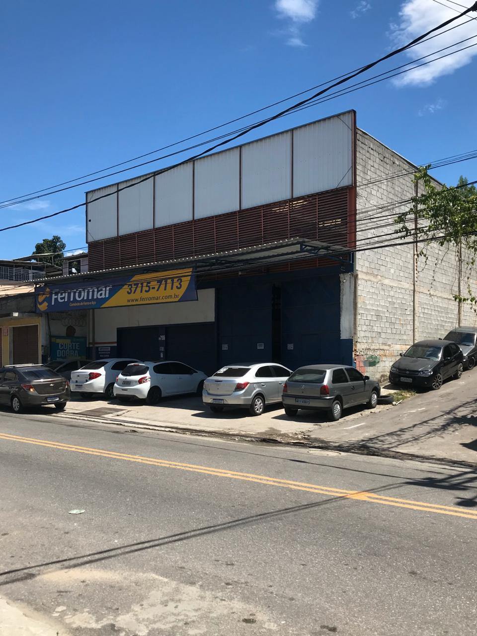 GALPÃO COMPLETO 760 m²