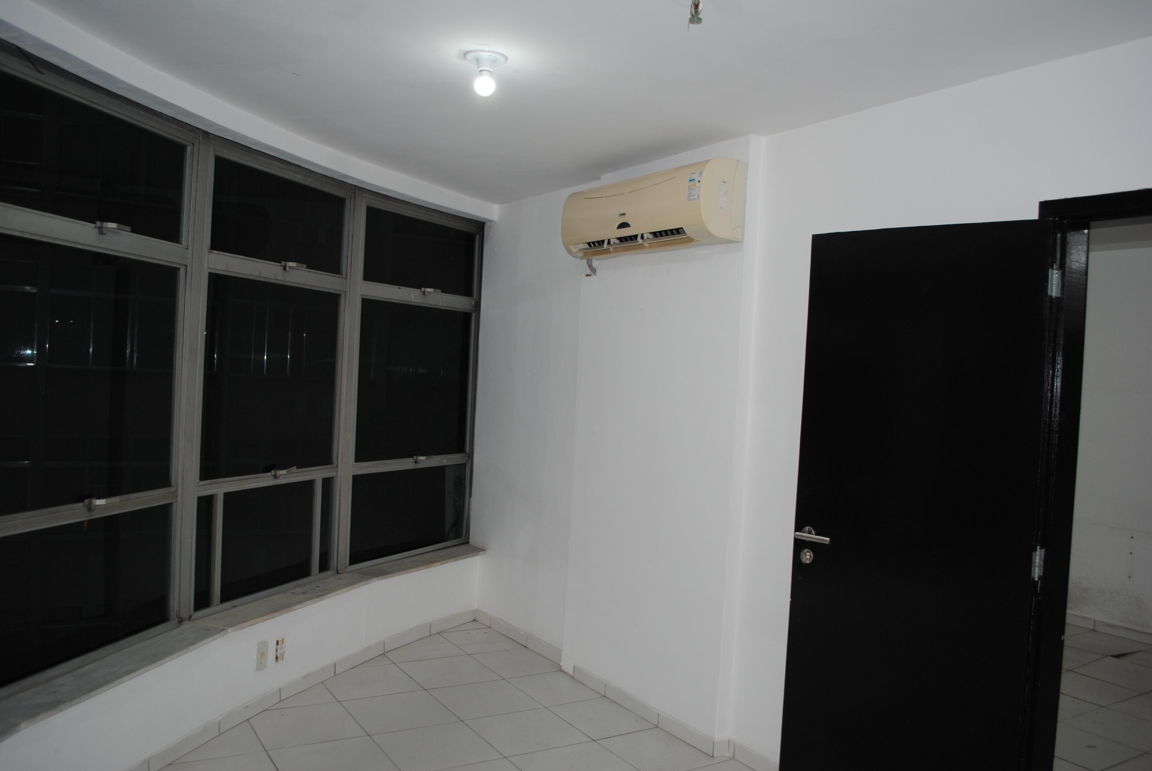 SALA COM 90M² - CENTRO - NITERÓI